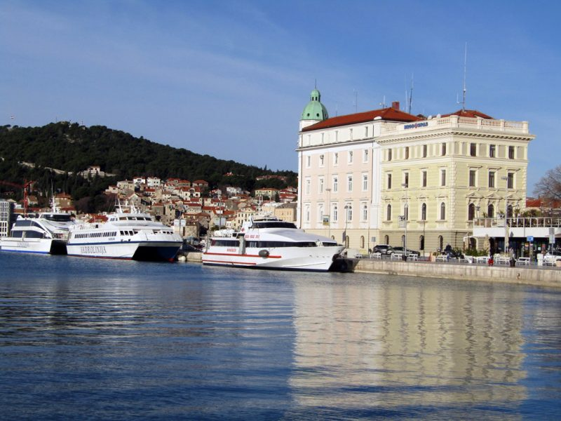 Jadrolinija provides catamaran service between Croatian mainland and Croatian islands.