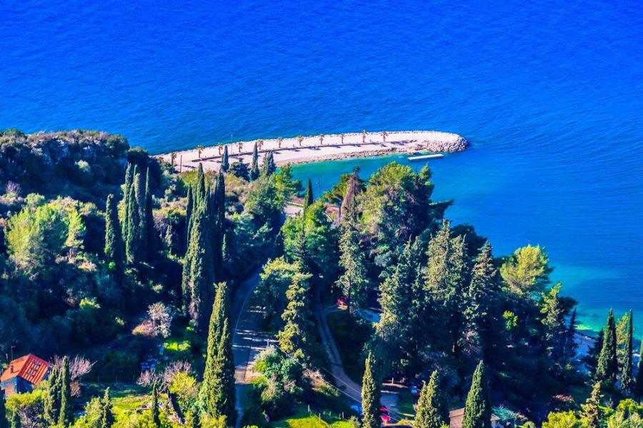 Split Croatia Travel Guide confirms that Kasjuni is the most beautiful beach in Split.